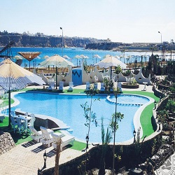 5-blue_lagoon_pool_7239