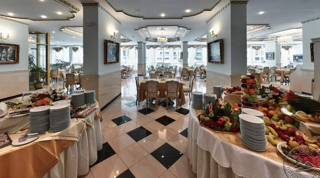 restaurant-2_9779