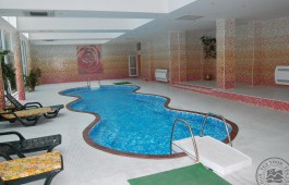 indoor_pool_01_6861