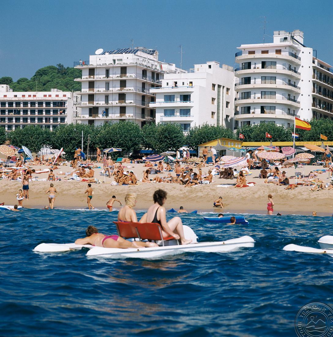 Siūlome Jums poilsį Viduržemio jūros pakrantėje !