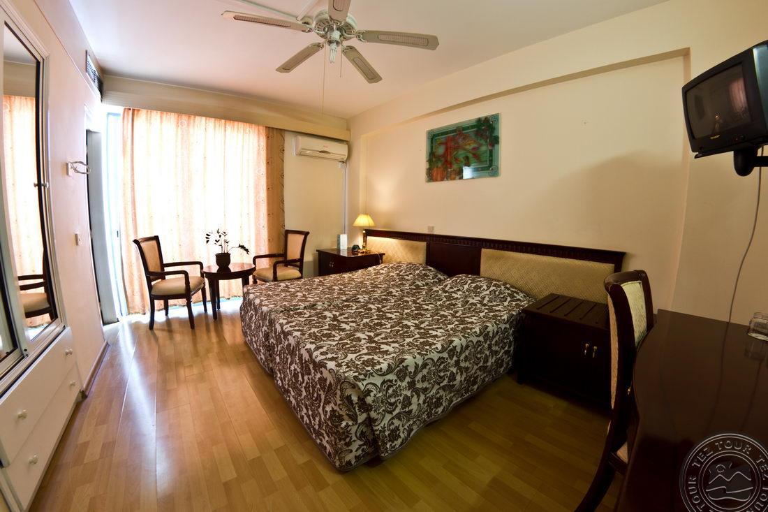 room1_1303