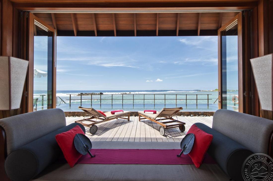 paradise_island_ocean_suite_interior_05_2268