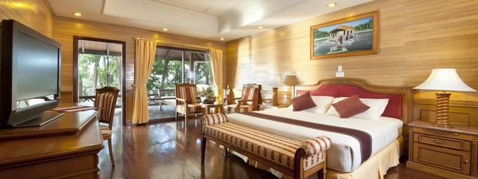 royal_island_presidential_suite_interior_02_7467