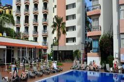 dorisol-mimosa-galleryhotel-dorisol-mimosa-funchal-madeira-piscina-restaurante-terraza-atardecer_9497