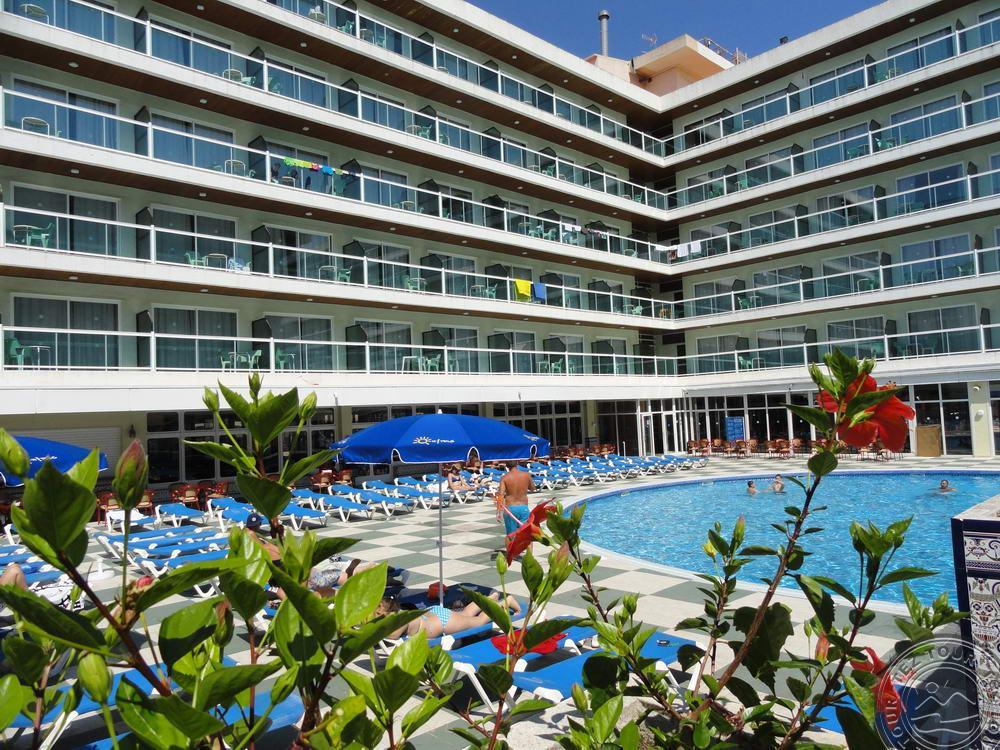 villa_dorada_general_y_pool_7300