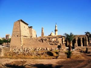 Луксор является столицей исторических памятников