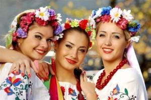 Украина встречает туристов традиционными колядками и горячим кофе