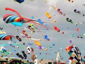 Дубай ожидает туристов на фестивале воздушных змеев