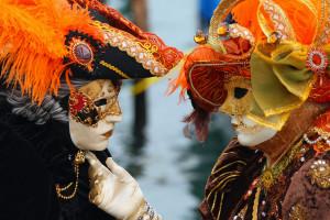 Героями итальянского карнавала станут Маттео Ренци, а также Папа Франческо и Ангела Меркель