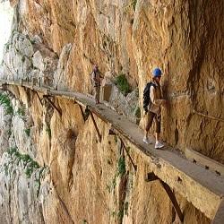 Туристы, отдыхающие в Испании, получили возможность прогуляться по Королевской тропе