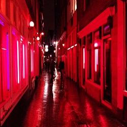 Отдых в Италии: Квартал красных фонарей будет создан в Риме