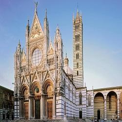 Туристы могут посетить «Небесные врата» собора в Тоскане (Италия)