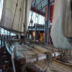 Отдых в Китае: туристы получили возможность прогуляться на древнем корабле