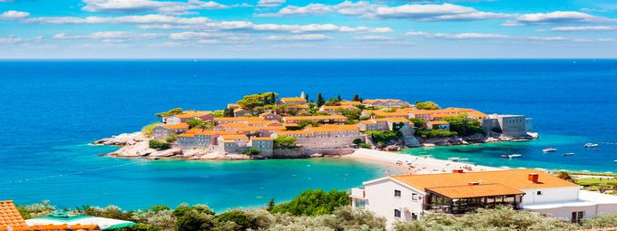 Качественный и недорогой пляжный отдых в Черногории!