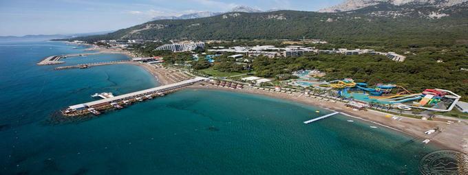 Крупный развлекательный отель Турции